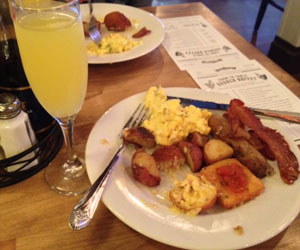 little-town_brunchbuzz