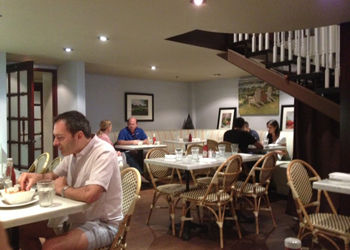 inside_dining2_sagaponack